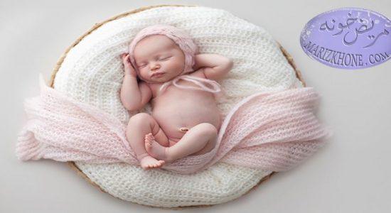 تغذیه نوزاد از بدو تولد